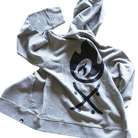 p01-zip-hooded-camplay_03