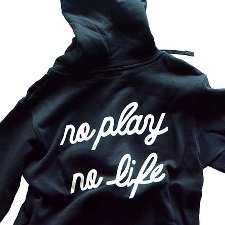 p01-zip-hooded-play_03