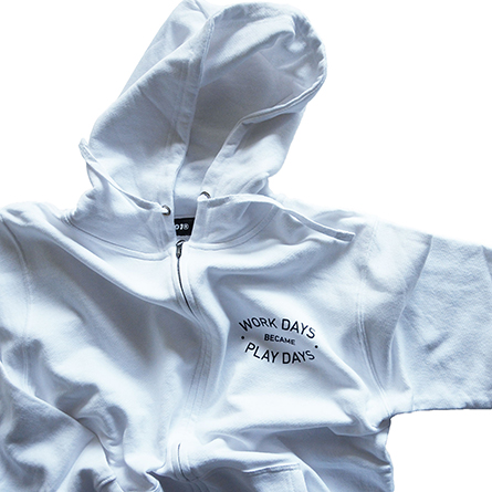 p01-zip-hooded_workday_04
