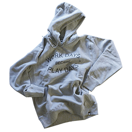 play_hooded_sweat_win_spr_p01_02