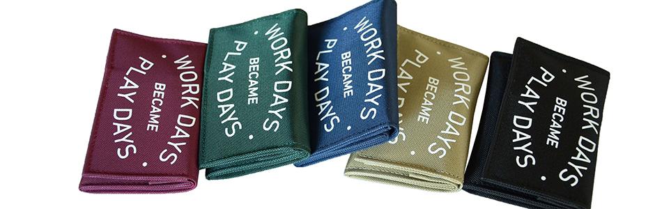 play_wallet_b_p01_16-17_08
